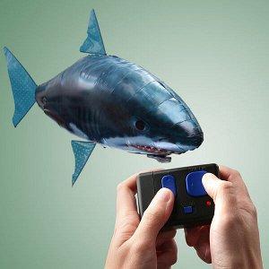 """Летающая рыба-акула """"Брюс"""""""