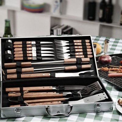 Подарочные наборы для рыбаков, охотников и не только. — Наборы для барбекю, фляжки. — Аксессуары для кухни