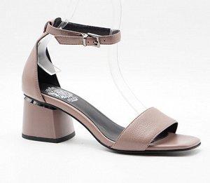 Туфли летние открытые женские. Рассмотрю варианты обмена.