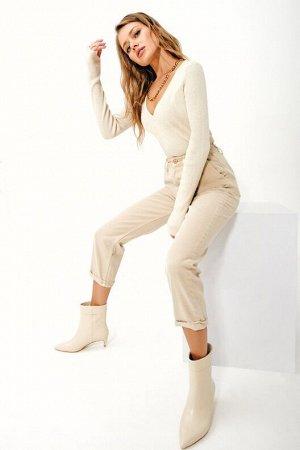 Трендовые нюдовые джинсы из 100% хлопка с отворотами TOPTOP