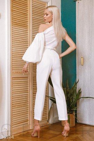 Базовые белые брюки