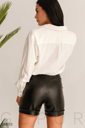 Стильные кожаные шорты