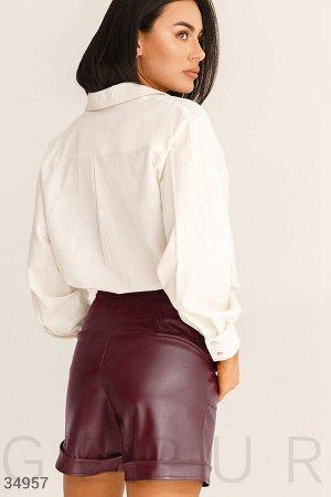 Трендовые кожаные шорты