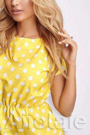 Желтое платье в горошек с талией на резиночке