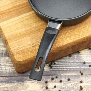 Сковорода «Навин», 14 см, антипригарное покрытие, бакелитовая ручка