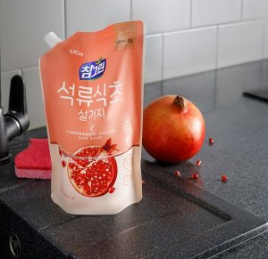 """LION Средство для мытья посуды, овощей и фруктов  """"CHAMGREEN"""" гранат, мягкая упаковка"""