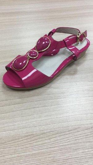 Сандалии св-розовые