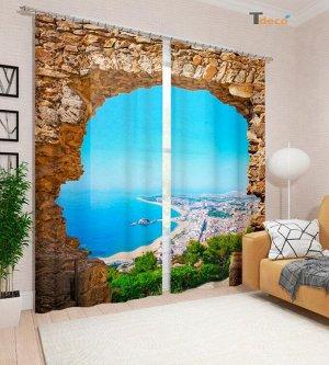Окно с видом на залив. Размер 3х1,6м.
