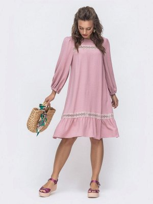 Платье Материал: Soft; Состав: 50% вискоза, 50% полиэстер; Растяжимость: нет; Стирка: Стирка- Ручная стирка при температуре воды до 30°C.Изделие не тереть. Отжимать аккуратно, без перекручивания Глажк