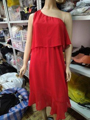 Платье красное на одно плечо