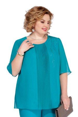 Блуза Блуза Pretty 1085 бирюза  Состав: ПЭ-100%; Сезон: Весна-Лето  Блуза прямого силуэта, выполненная из шифона. Имеет по переду узкую вертикальную вставку с плиссе. Вырез горловины округлый. Рукав
