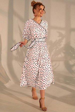 Платье Платье Golden Valley 4690  Состав ткани: Вискоза-100%;  Рост: 170 см.  Платье полуприлегающего силуэта, без воротника, с V-образным вырезом горловины. Платье отрезное по линии талии, шов по та