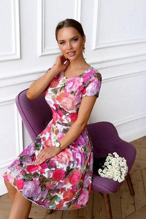 Платье Размер: 42 / 44 Солнечное лето будет перекликаться в принте этого платья. Приталенный силуэт, короткий рукав, слегка прикрывающий плечи, очень выгодно смотрится на фигуре. В нем Вы точно не зат