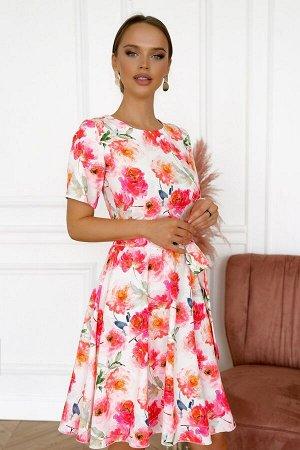 Платье Размер: 42 Красивое платье из легкого текстильного полотна Сзадизамок 50 см Собственный дизайн ткани. Платье с расклешенной юбкой в амых сочных летних цветах. Популярный фасон будет уместен на