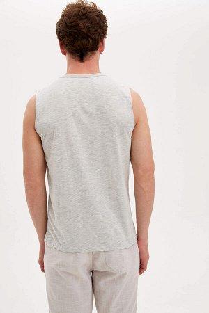 майки Размеры модели: грудь: 96 талия: 77 бедра: 94 Надет размер: M  Хлопок 50%, Полиэстер 50%