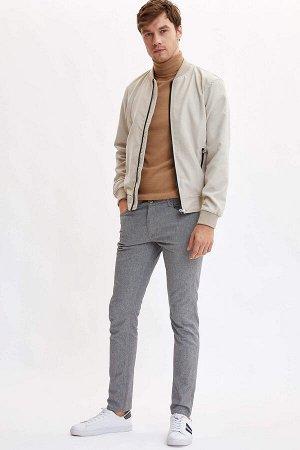 брюки Размеры модели: рост: 1,89 грудь: 98 талия: 80 бедра: 95 Надет размер: размер 32 - рост 32  Хлопок 52%,Elastan 2%, Вискоз 16%, Полиэстер 30%