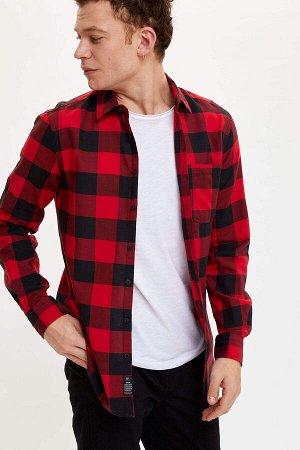 рубашка Размеры модели: рост: 1,85 грудь: 98 талия: 78 бедра: 83 Надет размер: M  Хлопок 100%