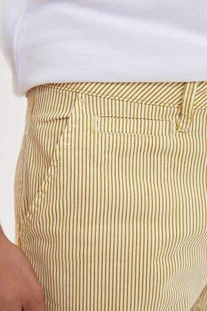 шорты Размеры модели: рост: 1,9 грудь: 100 талия: 84 бедра: 101 Надет размер: 30  Хлопок 100%
