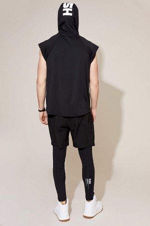 шорты Размеры модели: рост: 1,85 грудь: 98 талия: 78 бедра: 83 Надет размер: M  Полиэстер 94%,Elastan 6%