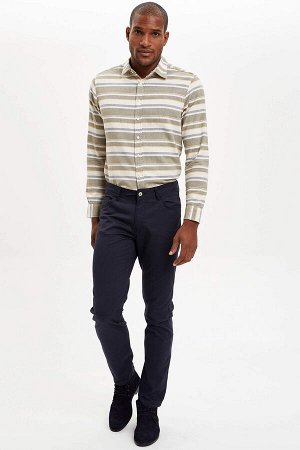 брюки Размеры модели: рост: 1,89 грудь: 98 талия: 80 бедра: 95 Надет размер: размер 30 - рост 32  Хлопок 98%,Elastan 2%