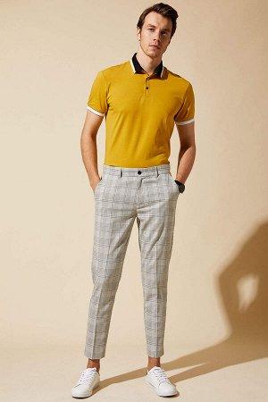 брюки Размеры модели: рост: 1,89 грудь: 99 талия: 75 бедра: 99 Надет размер: размер 32 - рост 32  Вискоз 34%, Полиэстер 64%,Elastan 2%