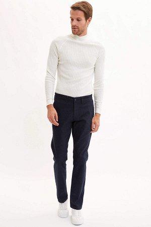 брюки Размеры модели: рост: 1,88 грудь: 96 талия: 77 бедра: 96 Надет размер: размер 32 - рост 32  Хлопок 79%,Elastan 1%, Полиэстер 20%
