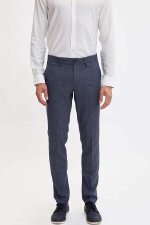 брюки Размеры модели: рост: 1,86 грудь: 96 талия: 82 бедра: 94 Надет размер: размер 32 - рост 32 Elastan 2%, Вискоз 34%, Полиэстер 64%