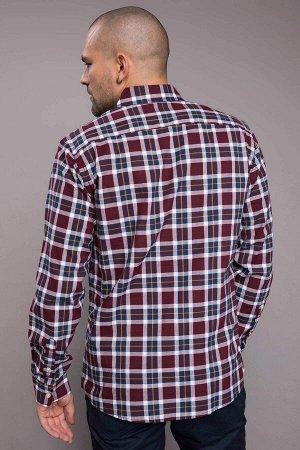 рубашка Размеры модели: рост: 1,82 грудь: 98 талия: 81 бедра: 96 Надет размер: M  Хлопок 100%