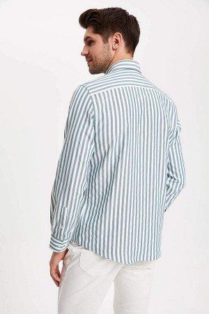 рубашка Размеры модели: рост: 1,89 грудь: 100 талия: 74 бедра: 97 Надет размер: M  Хлопок 60%, Полиэстер 40%