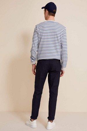 брюки Размеры модели: рост: 1,9 грудь: 97 талия: 81 бедра: 95 Надет размер: размер 30 - рост 32  Хлопок 100%