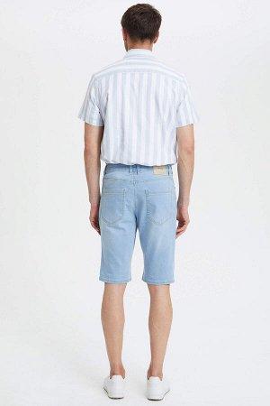 шорты Размеры модели: рост: 1,89 грудь: 100 талия: 74 бедра: 97 Надет размер: 31 Elastan 1%, Хлопок 99%