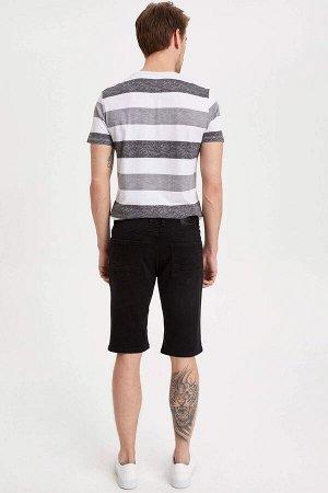 шорты Размеры модели: рост: 1,89 грудь: 99 талия: 76 бедра: 90 Надет размер: 30  Хлопок 98%,Elastan 2%