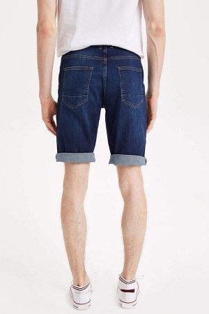 шорты Размеры модели: рост: 1,87 грудь: 77 талия: 95 бедра: 93 Надет размер: 30 Elastan 2%, Хлопок 98%