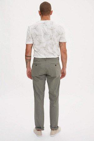 брюки Размеры модели: рост: 1,82 грудь: 98 талия: 81 бедра: 96 Надет размер: размер 32 - рост 32  Хлопок 100%