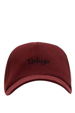 шапка Размеры модели: рост: 1,89 грудь: 100 талия: 81 бедра: 97 Надет размер: STD  Хлопок 100%