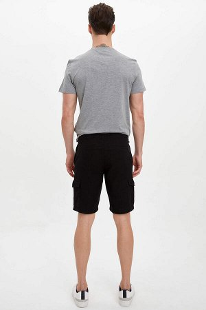 шорты Размеры модели: рост: 1,89 грудь: 99 талия: 75 бедра: 94 Надет размер: 30  Хлопок 100%