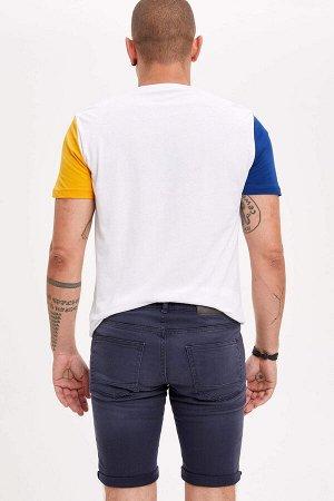 шорты Размеры модели: рост: 1,82 грудь: 98 талия: 81 бедра: 96 Надет размер: 30  Хлопок 97%,Elastan 3%