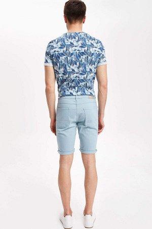 шорты Размеры модели: рост: 1,89 грудь: 100 талия: 74 бедра: 97 Надет размер: 30  Хлопок 98%,Elastan 2%