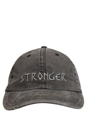 шапка Размеры модели: рост: 1,87 грудь: 77 талия: 95 бедра: 93 Надет размер: STD  Хлопок 100%
