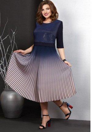 """Платье р.54 или """"пограничный"""" размер 52-54 на высокий рост"""