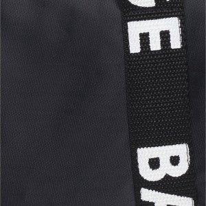 Сумка спортивная, отдел на молнии, длинный ремень, цвет чёрный, цвет чёрный