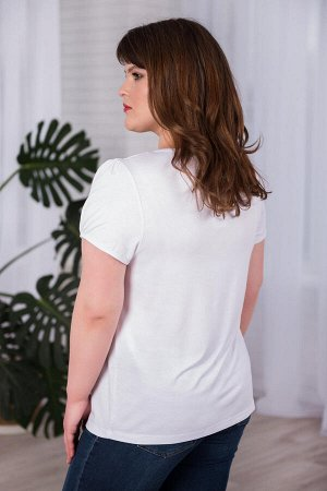 Футболка Количество в упаковке: 1; Артикул: ШАР-0168-18; Цвет: Белый; Ткань: Вискоза; Цвет: Белый Скачать таблицу размеров                                                 Вискозная футболка свободног