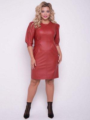 Платья Оригинальное платье прилегающего силуэта выполнено из однотонной экокожи. Модель дополнена симметричными защипами спереди и сзади. - однотонная расцветка - круглые вырез горловины на внутренней
