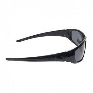 Стильные мужские очки Refetto в чёрной оправе с чёрными линзами.
