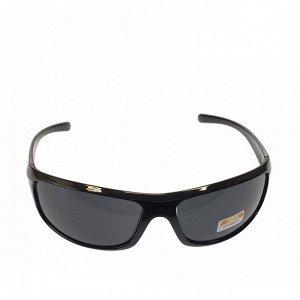 Стильные мужские очки Venzo в чёрной оправе с затемнёнными линзами.