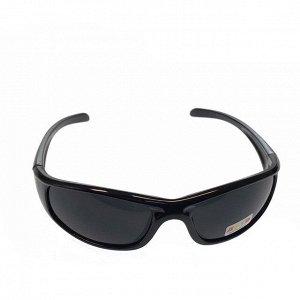 Стильные мужские очки Neo в чёрной оправе с затемнёнными линзами.
