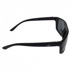Стильные мужские очки Web в чёрной матовой оправе с затемнёнными линзами.
