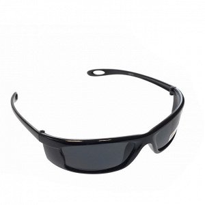 Стильные мужские очки Greg в чёрной оправе с затемнёнными линзами.