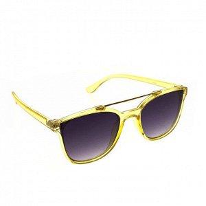 Стильные женские очки авиаторы Sunday в оправе прозрачно-лимонного цвета.