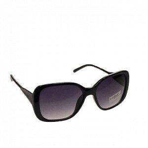 Классические женские очки Alur в чёрной оправе.